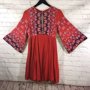 ECOTE Shift Dress Red Floral Bat Wing Sleeves